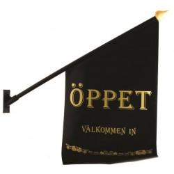 """Flagga """"Öppet"""" svart med guld text"""